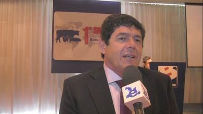 Nutrici�n en aves: Jorge Venturino en SINA 2015