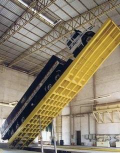 Recibo y descarga de graneles sólidos con plataformas volcadoras o equipos especializado - Image 1