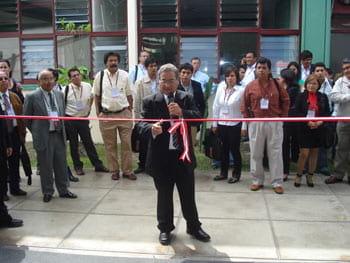 Corte de Cinta - V Seminario Internacional Peru 2009 y III Encuentro Científico AMEVEA - Varias