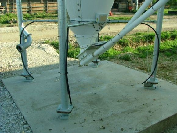 Silo weighing - Poultry equipment