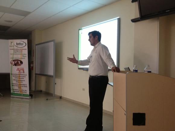 Conferencia Tecnologia de nutricion Enmax en Puerto Rico - Ralco Nutrition