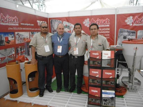 presentes en AMVECAJ 2015 - EVENTOS