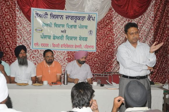 DAIRY CAMP BY PDFA MEMBERS & PDDB AT TEHSIL PATRAN(PATIALA-PUNJAB) - DAIRY MANAGEMENT & NUTRITION SEMINAR