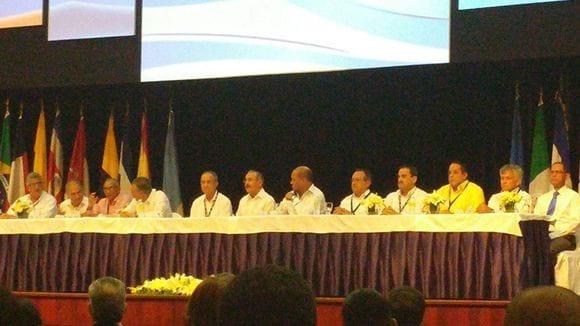 Apertura: Autoridades del Congreso Centroamericano y del Caribe de Porcicultura 2015 - Varias