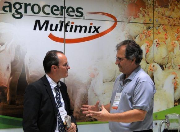 Visita do Prof Mallmann ao Stand Agroceres Multimix - AveSui 2013