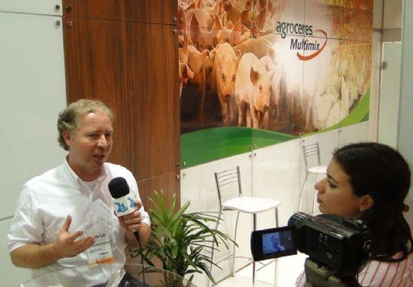 Leandro Hackenhaar em entrevista ao Engormix - AveSui 2013
