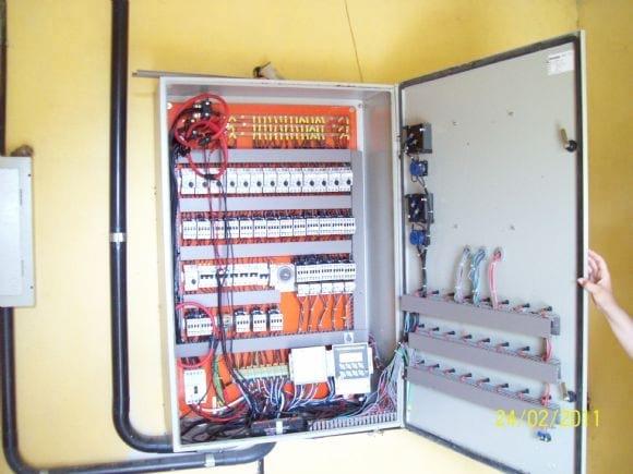Painel de controle de sistema de ventilação - AVICULTURA