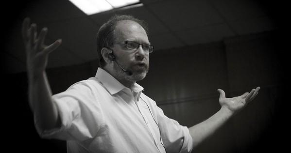 """Diego Golombek: """"Estoy incompleto si no comunico mi ciencia y la de otros"""" - Image 1"""